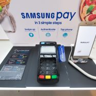 Samsung_Pay_stand